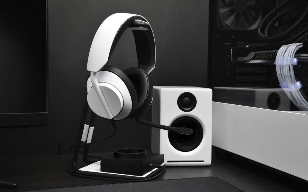 Top Speakers Headphones and Headsets